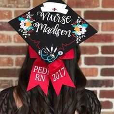 As you near graduation, it's time to choose from the many types of nursing jobs available. Graduation Cap Toppers, Graduation Cap Designs, Graduation Cap Decoration, Grad Cap, Nursing Graduation Pictures, Nursing School Graduation, Graduation Diy, Nursing Schools, Grad Pics