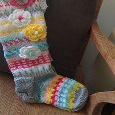 Pink Floral socks Knitted Tigh High Knee womens socks | Etsy Fair Isle Knitting, Knitting Socks, Hand Knitting, Floral Socks, Colorful Socks, Hand Crochet, Etsy, Womens Socks, Flowers