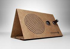 最小限のパーツで構成されるソーラーラジオ「ONEMI RADIO」 | DesignWorks デザインワークス