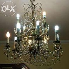 145 €: Candeeiro tipo lustre com 12 lâmpadas antigo, meio-cristal