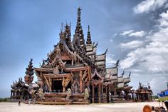 The Sanctuary of Truth (Prasat Satchatham) - North Pattaya|one of the most beautiful temple in Thailand