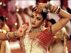 Pictures of Aishwarya Rai in Devdas