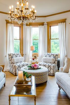 Bay Window Ideas - Search images of living room bay window. Locate ideas and also ideas for living room bay window to add to your own house. Bay Window Living Room, Cozy Living Rooms, Formal Living Rooms, Home Living Room, Living Room Decor, Living Spaces, Modern Living, Bay Window Decor, Small Living