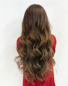 Take a look at these modern relaxed perm hairstyles that will change your mind about perms. Curls For Long Hair, Long Brown Hair, Brown Blonde Hair, Long Layered Hair, Long Hair Cuts, Permed Long Hair, Face Shape Hairstyles, Permed Hairstyles, Headband Hairstyles
