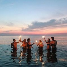 23 Sweet Summer Travel Photo Ideas with Best Friends 23 Sweet Summer Tra. - 23 Sweet Summer Travel Photo Ideas with Best Friends 23 Sweet Summer Travel Photo Ideas with Best Friends Summer Vibes, Summer Feeling, Summer Nights, Summer Things, Summer Sunset, Summer Beach, Photos Bff, Best Friend Photos, Best Friend Goals