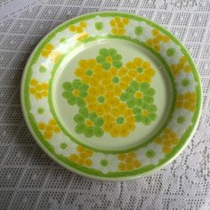 Franciscan Picnic Dessert Plates / Vintage California Pottery / Yellow and Green Earthenware by vintagepoetic on Etsy