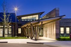 Teton County Children's Learning Center / Ward+Blake Architects + D.W. Arthur Associates Architecture. Welcoming transparent entrance