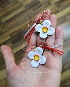 Quilling Work, Daffodils, Brooches, Crafting, Earrings, Jewelry, Ear Rings, Stud Earrings, Jewlery