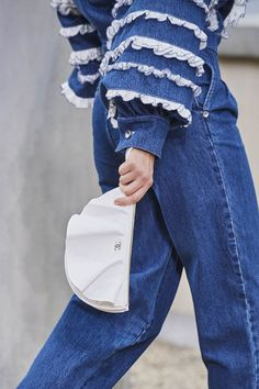 Chanel Spring 2020 Ready-to-Wear Collection - Vogue Vogue Paris, Spring Tops, Spring Summer, Primavera Chanel, New York To Paris, Jacquemus, Shoes Too Big, Chanel Spring, Margiela