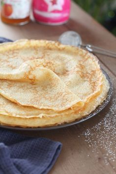 Breton pancakes: The best in the world! Desserts With Biscuits, Cookie Desserts, Cake Factory, Desert Recipes, Brunch Recipes, Food Hacks, Bakery, Deserts, Food And Drink