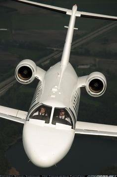 SUPERB JETS -         Cessna 525A Citation. Say hi to the pilots...