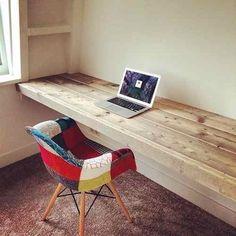 escritorio flotante madera. mesa ratona hierro comedor cajón