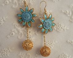 Fabulous Vintage Blue Floral Enamel Dangle by gradyladies on Etsy