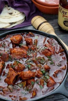 All Roads Lead to the Kitchen: Nopales con Costillas de Puerco y Chile Rojo (Cactus Paddles w/ Pork Ribs & Red Chile) Real Mexican Food, Mexican Cooking, Mexican Food Recipes, Mexican Dinners, Pork Recipes, Cooking Recipes, Healthy Recipes, Cooking Time, Yummy Recipes
