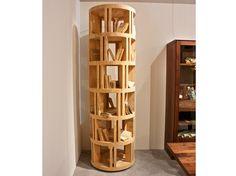 Librería abierta de madera maciza TORRE LIGNEA by Riva 1920 diseño Michele De Lucchi