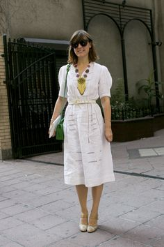 All white outfit ideas from bloggers + street style stars — inspiration for memorial day weekend and all summer long!