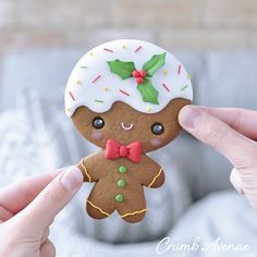 Only 5 days till Christmas!😀❤️ How are your preparations going? Gingerbread Man Decorations, Clay Christmas Decorations, Gingerbread Man Cookies, Christmas Sweets, Christmas Cookies, Christmas Crafts, Christmas Gingerbread Man, Kawaii Cookies, Diy Xmas