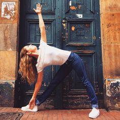 Straffe Brüste: 7 Yoga-Übungen für einen schönen Busen | BRIGITTE.de
