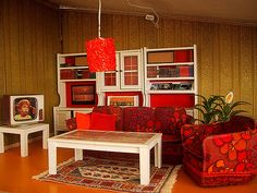 Modern Miniatures on Monday: Parade of Houses, Part Three Lundby) Doll Furniture, Upcycled Furniture, Dollhouse Furniture, Dollhouse Interiors, Miniature Furniture, My Doll House, Barbie House, Tiny House, Miniature Rooms