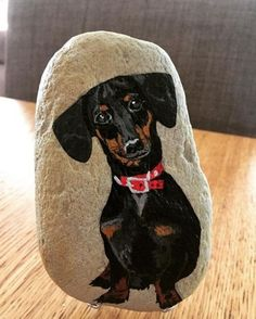 Easy Paint Rock For Try at Home (Stone Art & Rock Painting Ideas) Rock Painting Ideas Easy, Rock Painting Designs, Paint Designs, Painted Rock Animals, Painted Rocks Kids, Dog Paintings, Easy Paintings, Pebble Painting, Pebble Art