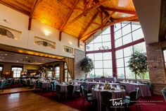 Twa Weddings At The Onion Pub And Brewery Click Picture To Visit Our Website Wedding Photography Chicago Pinterest
