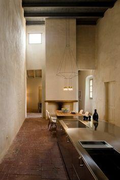 long kitchen. Wireflow pendant light - Kitchen Design Ideas - Images (houseandgarden.co.uk)