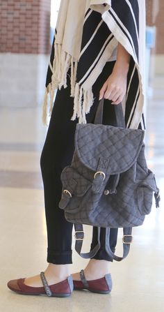 3 Shoes to Wear to the Airport - OTBT Blog