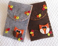 Felt Phone case with Owl Flower Leaves Handmade by TinyFeltHeart