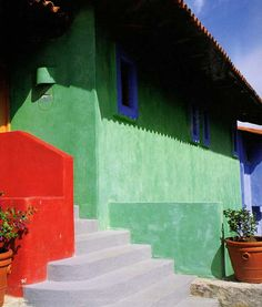 Mexicolor House at Costa Careyes Street