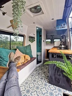 Camper Interior Design, Campervan Interior, Motorhome Interior, Van Conversion Interior, Camper Van Conversion Diy, Van Conversion With Bathroom, Camper Life, Bus Life, Converted Vans