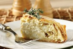 cheese-pie with cream cheese Greek Pita, Cheese Pies, Food Categories, Greek Recipes, Baked Potato, Mashed Potatoes, Sweet Home, Favorite Recipes, Meat