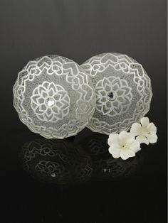 2 Colors QYN07 Curtain Tieback Holdbacks in White Color