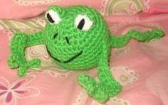 Frog Rattle - free crochet pattern