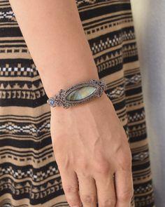 Labradorite / bracelet - natural stone accessories sales -Freaky Hands (free key Hands)