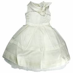 A little princess!   @monnalisaspa little girl dress!