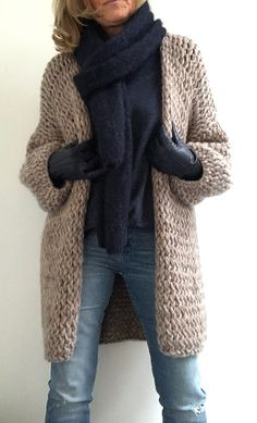 PureMe is a fashionlabel Premium handmade knitwear Designed by me, made for you. Knitted Coat, Mohair Sweater, Cardigan Sweaters For Women, Cardigans For Women, Crochet Jacket, Crochet Cardigan, Estilo Fashion, Knit Fashion, Knitting Designs
