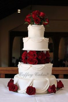 black and white wedding cake red roses 1000 images about wedding on wedding 11847