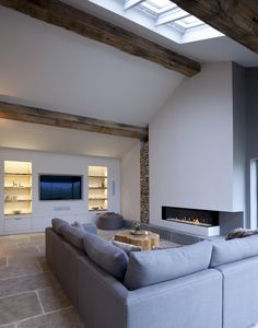 Roof space and fireplace - Luxery Houses Home Living Room, Living Room Designs, Fireplace Design, Fireplace Kitchen, Barn Renovation, Interior Architecture, Interior Design, House Roof, Dream Decor