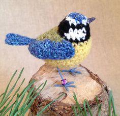 Bluetit realistic British bird crochet door FreshlyKnittedThings