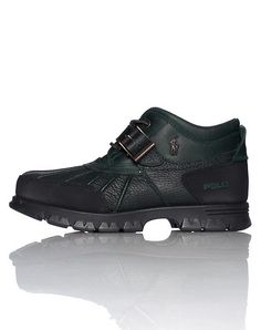 POLO Low top men's boot Lace up closure Padded tongue with logo Adjustable buckle strap POLO on side... True to size. Synthetic materials. Dark Green 812168222J08.