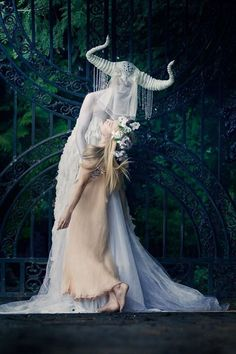 Fashion Photography Fantasy Character Inspiration 22 Ideas For 2020 Character Inspiration, Character Design, Style Inspiration, Theme Nature, Photo Portrait, Arte Obscura, Poses References, Dark Beauty, Fantasy Characters