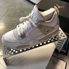 Cute Nike Shoes, Cute Sneakers, Nike Air Shoes, Jordan Shoes Girls, Girls Shoes, Swag Shoes, Neue Outfits, Aesthetic Shoes, Fresh Shoes