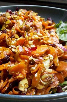 Roasted Carrot Salad, Carrot Salad Recipes, Green Salad Recipes, Roasted Carrots, Macaroni Salad, Pasta Salad, Dinner Options, Caesar Salad, Dried Cranberries
