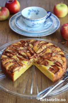Eplekladdkake med vanilje | Det søte liv Recipe Boards, French Toast, Food And Drink, Pie, Muffins, Baking, Breakfast, Desserts, Recipes