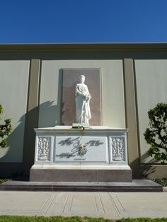 Liberace~Forest Lawn ~Hollywood Hills