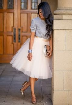 Cute blouse with matching skirt and pumps