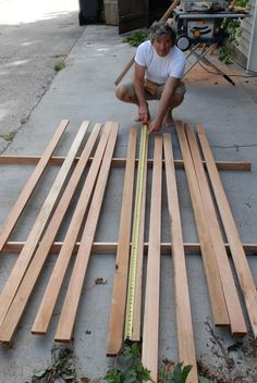 There are a few different ways to build sauna benches, and here's a play by play on my favorite. Keep in mind: Hide the knots Hide your screws Make your benches about less in lengt… Building A Sauna, Sauna Shower, Indoor Sauna, Sauna Design, Bench Designs, Infrared Sauna, Saunas, Wood Screws, Flooring