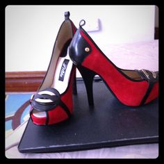 """NEW Lilita """"Bella"""" pumps!! size 10 Brand new w/o box. a pair of BEAUTIFUL red suede & black leather pumps. They are a size 10 but fits like an 8. Can't find the ankle straps but they're STILL hot! My loss is your gain.... Lilita Shoes Heels"""