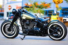 Мотоцикл с названием Green 69 построен на базе Screamin Eagle Softail. Именно так должен выглядеть современный Харлей по версии парней...