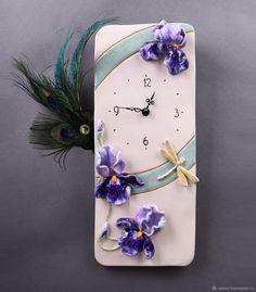 Handmade Clocks, Handmade Pottery, Polymer Clay Art, Polymer Clay Jewelry, Cute Clock, Painted Glass Vases, Cold Porcelain Flowers, Plaster Art, Clock Art